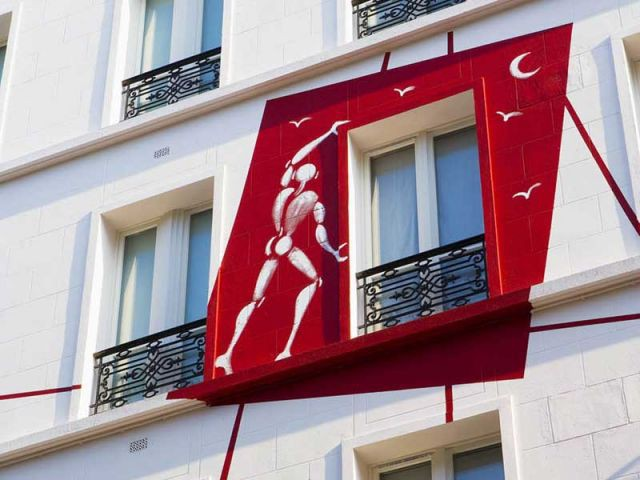 facade hotel des arts