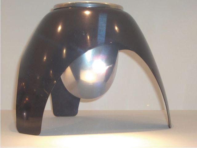Vase futuriste