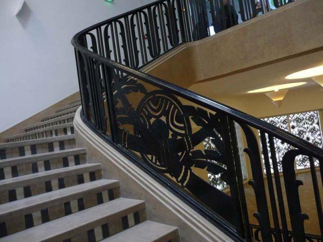 Escaliers colossaux - Cité Immigration