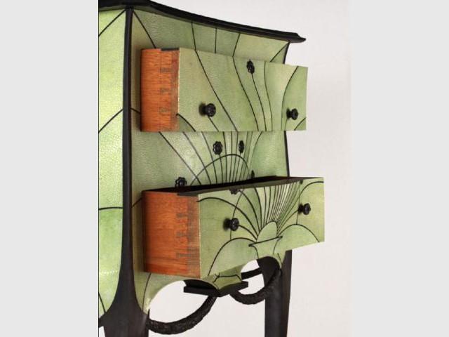 ludovic avenel entre b nisterie et design. Black Bedroom Furniture Sets. Home Design Ideas