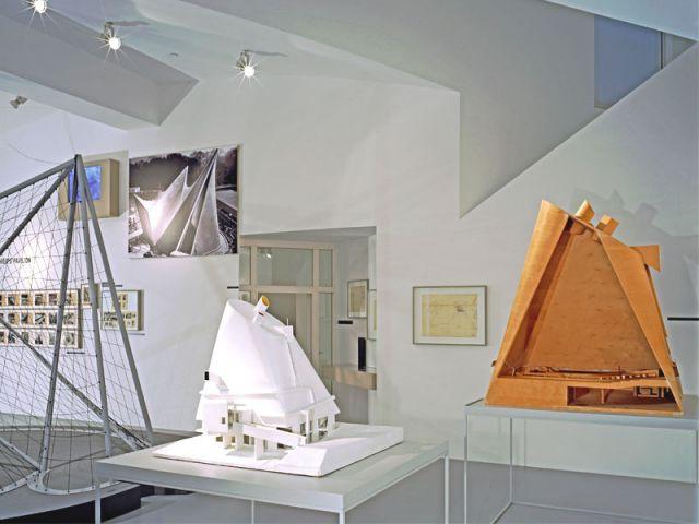photo pavillon Philips Le Corbusier