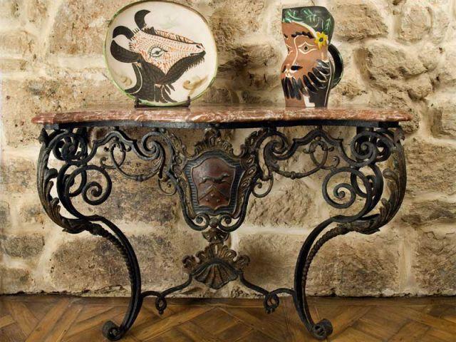 console louis XV et ceramique picasso