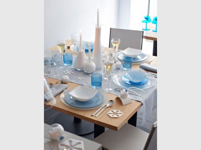 Bleue - Arc international - table en fête
