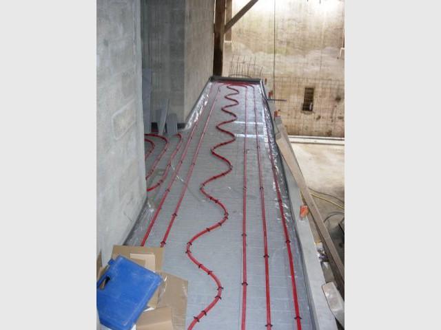 Sol des mezzanines - grange - plancher chauffant - Thermozyklus