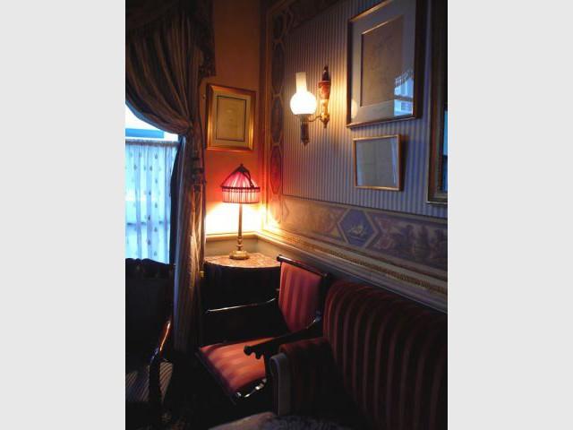 l'Hôtel salon cocteau 2