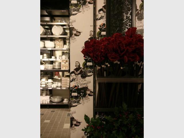 13 table paris. Black Bedroom Furniture Sets. Home Design Ideas