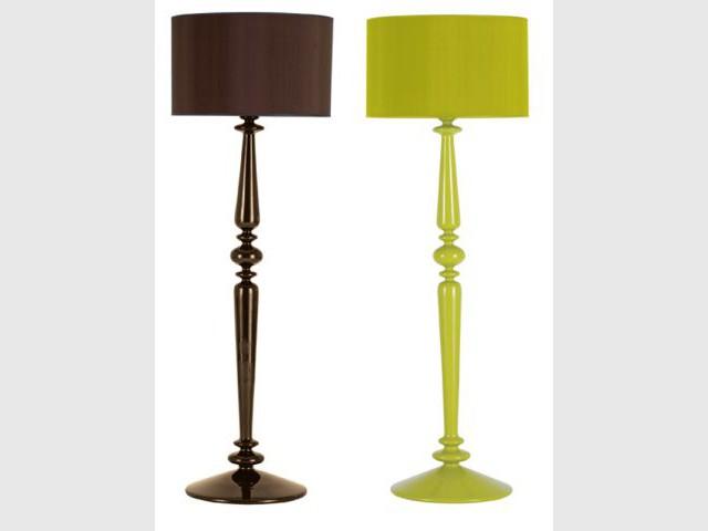 Canapé salon lampe