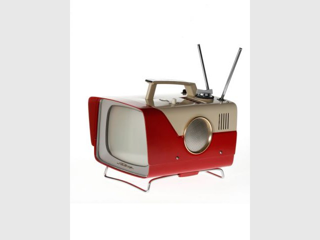 Télévison Sharp