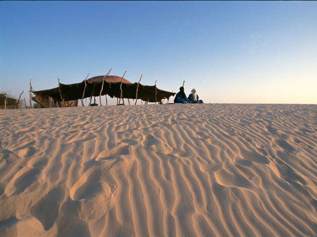 Tente de Nomades Touaregs au Sahara - Vitra Design