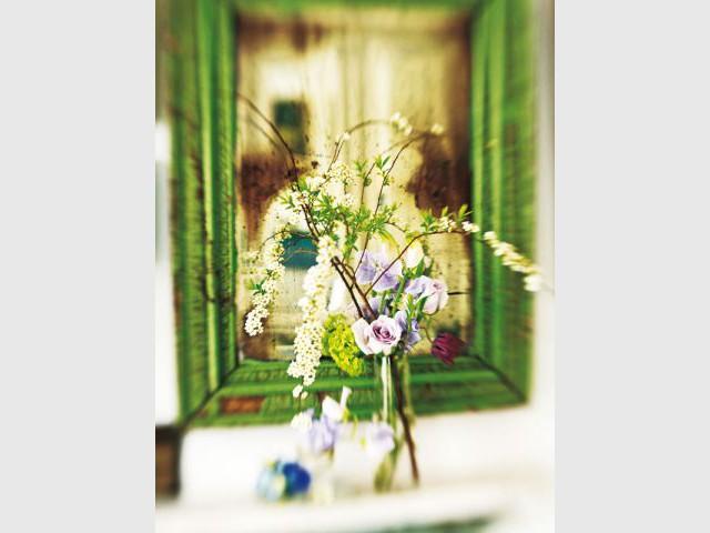 Extravaguant - Fleurs de Tricia Guild