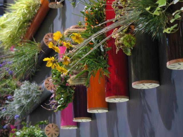 Détails de tubes - Flowerbox décoration plante mur