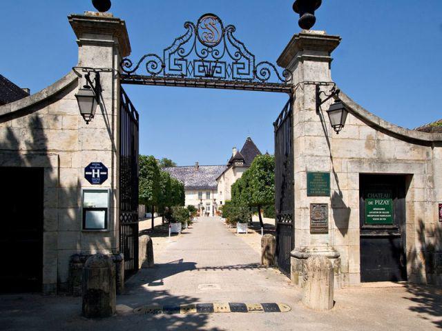 Portail - Château de Pizay