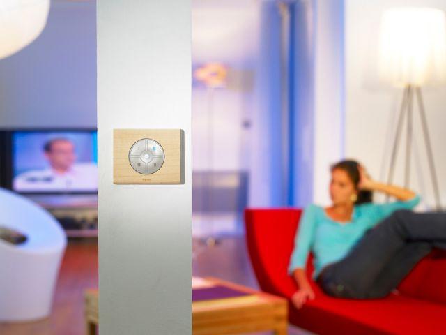 L'intérupteur multifonction - Ampoule environnement électricité énergie