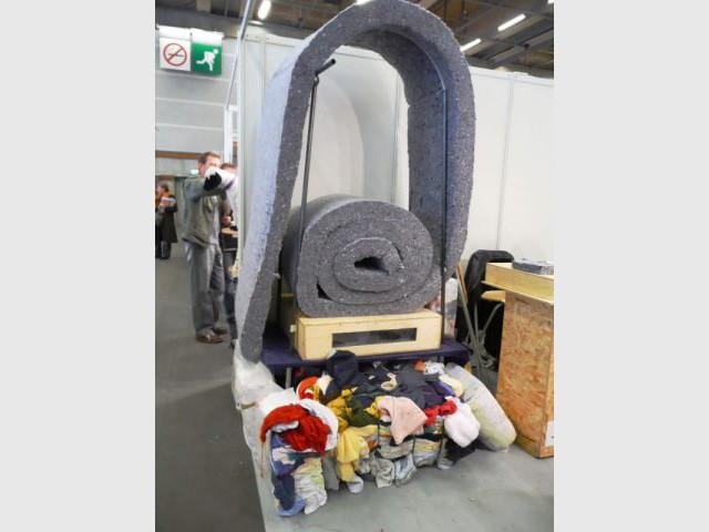 isolant en vêtements recyclés - salon écobat 2008