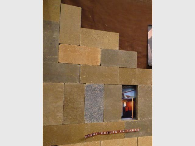 Brique de terre cuite - salon écobat 2008