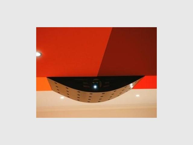 Vidéo-projecteur avec cache - reportage Home Cinema - Abso