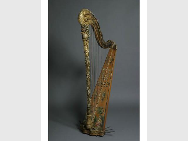 harpe de Marie Antoinette