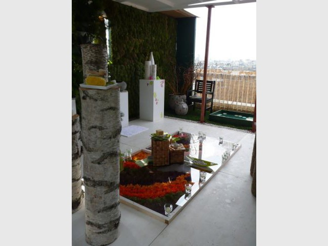 une oasis exotique en haut du bhv. Black Bedroom Furniture Sets. Home Design Ideas