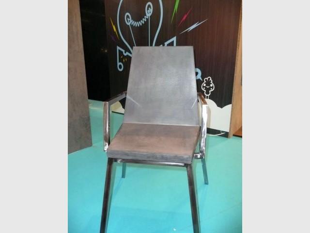 chaise en béton salon Rénover
