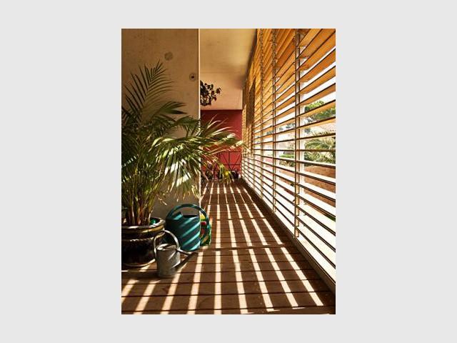 Couloir ensoleillé - maison Maurice Padovani