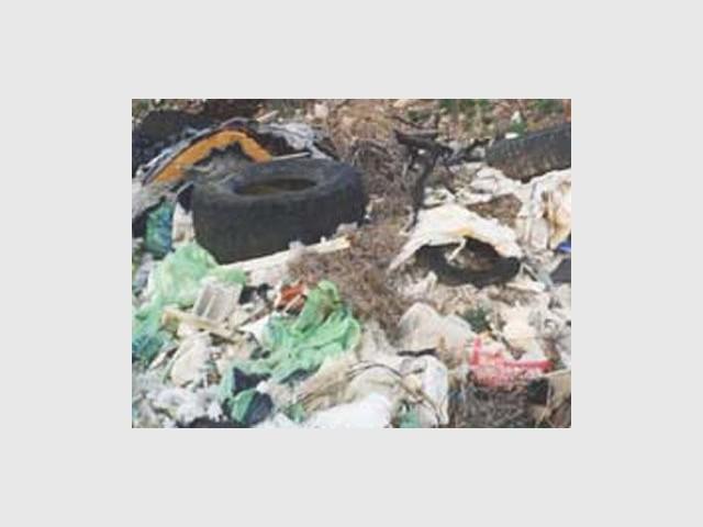 Déchets poubelle incinérateur d'ordures