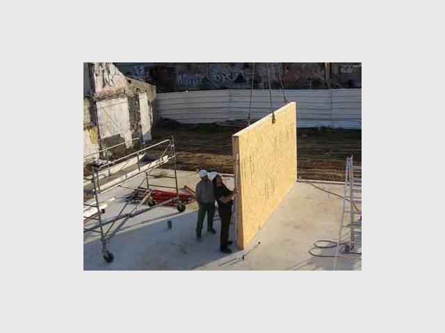 Premier panneau - Maison écologique en bois