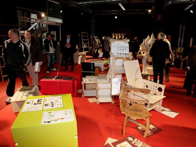 Vue de l'exposition des oeuvres du concours - Concours Design-Bois