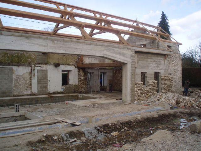 Première phase des travaux : la démolition - reportage piscine intérieure - Christelle Brosset - Provins