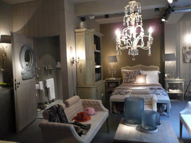 blanc d 39 ivoire se donne de l 39 espace. Black Bedroom Furniture Sets. Home Design Ideas
