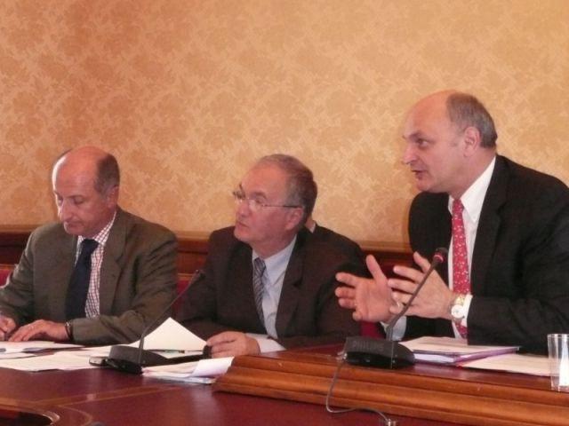 didier Migaud Gilles Carrez et Gaêl Yanno - niches fiscales