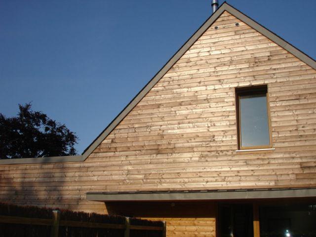 Bardage bois en façade - reportage maison passive - Bruno Ridel