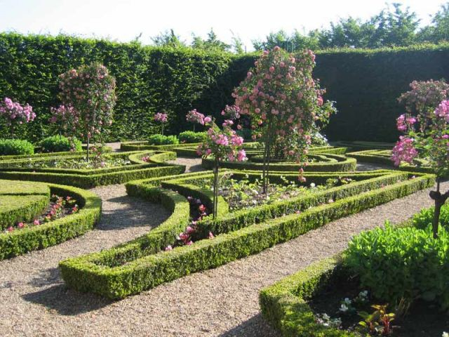 Le jardin Francis Poulenc - Prieuré de Saint-Cosme