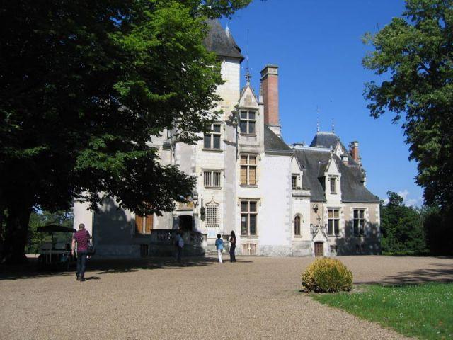 Le château vu du parc - Château de Candé