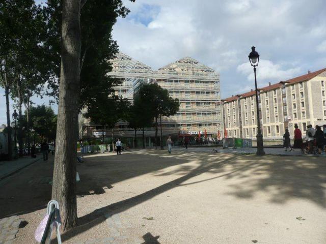Vue générale de l'Hôtel Quai de Seine