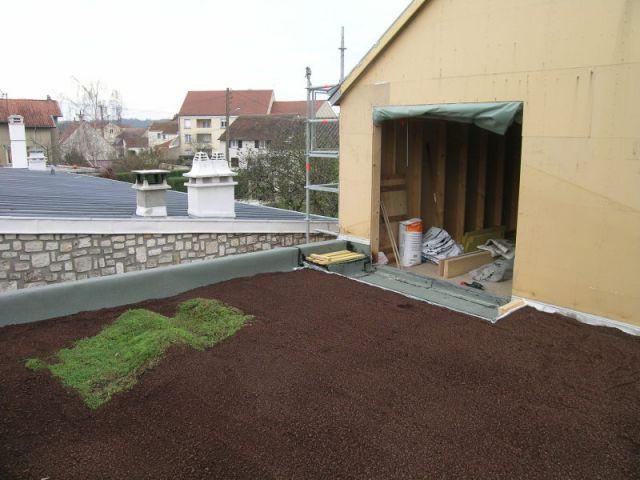 Etape 4 : Mise en place du support de culture 4/4 - Toit terrasse végétalisé - étape par étape