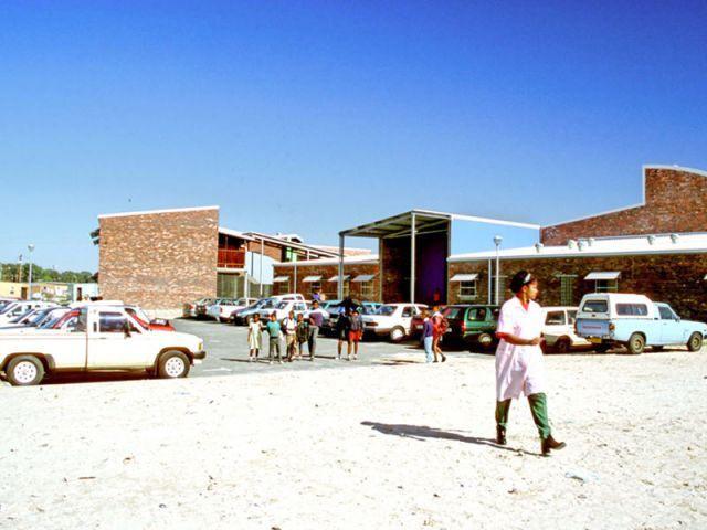 Ecole primaire Wesbank de Delft, Western Cape (Afrique du Sud), 2000 - carin smusts