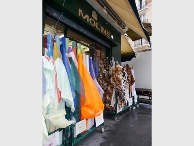 Moline - Marché Saint-Pierre - reportage tissus