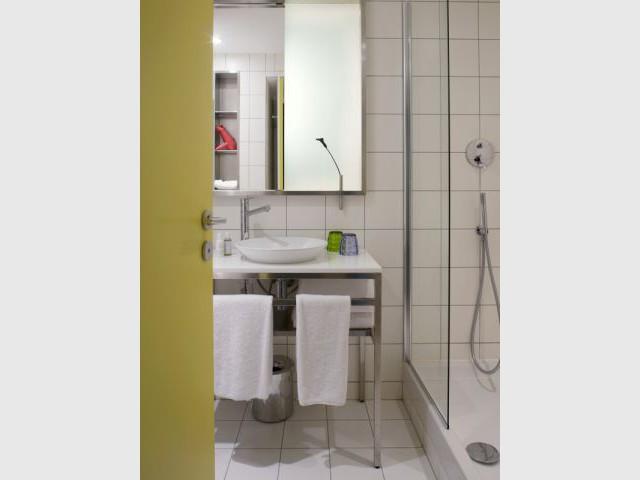 Chambre - salle de bain - Hôtel Mama Shelter - Starck
