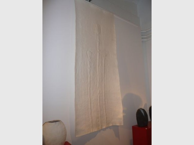 Lai de feutre utilisé pour le mur - Thea de Lange Création textile