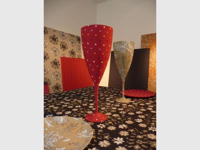"""Détails de la scène """"à table"""" - Textile Olivades"""