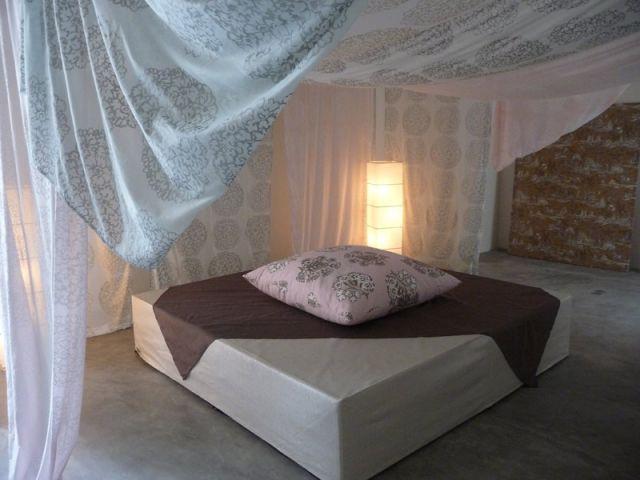 Mise en scène chambre - Textile Olivades