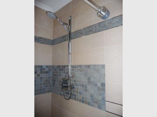 Détail douche - reportage salle de bain