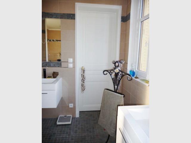 Accès chambre - reportage salle de bain