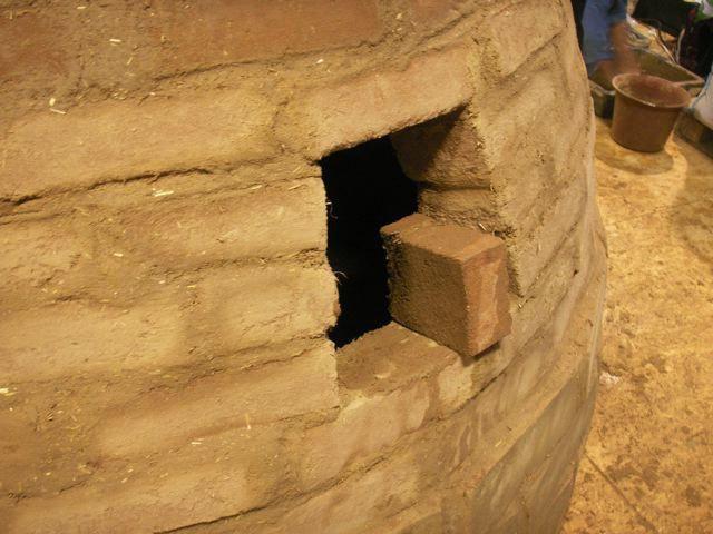 Dome en briques de terre crue - Salon Bâtir écologique