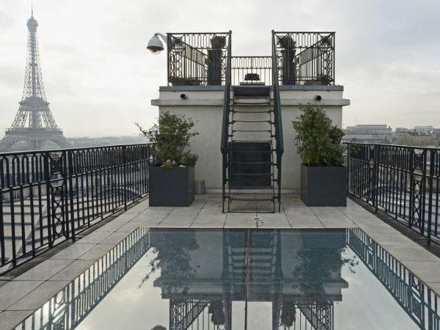 Piscine avec vue - Immobilier de prestige - luxe