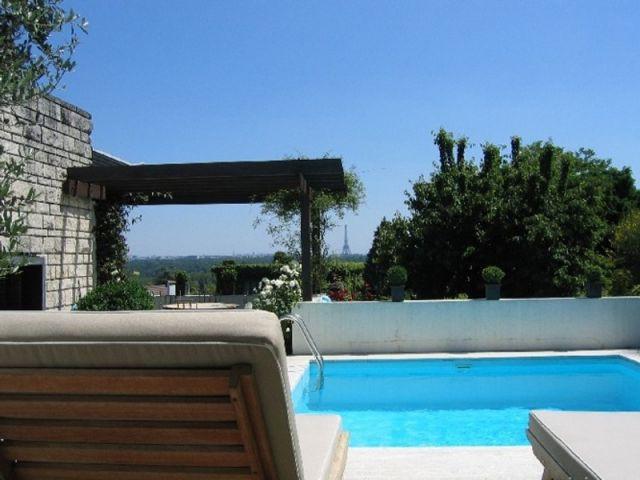 Piscine de luxe - Immobilier de prestige - luxe