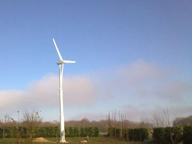 Une éolienne dans son jardin