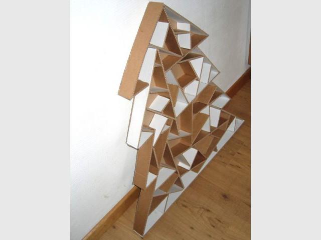 Surplus de colle - Sapin en papier et carton