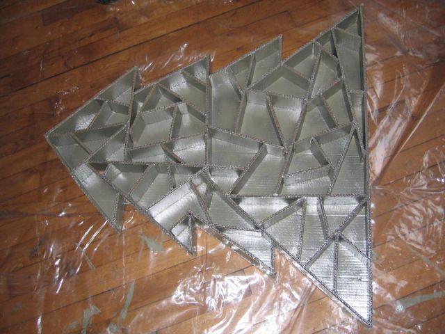 Séchage - Sapin en papier et carton