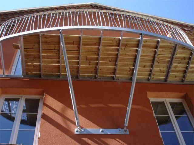 Balcon des logements - montchal